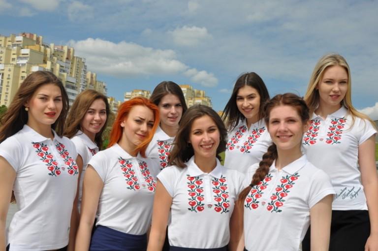 Стань участником областного фотоконкурса «Селфи&фото с вышиванкой»!